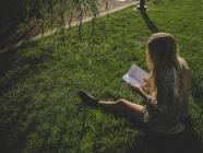 THE FOLD LOVES // Summertime Reads