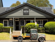 10 Things We Love About Robertson Public House & Kitchen